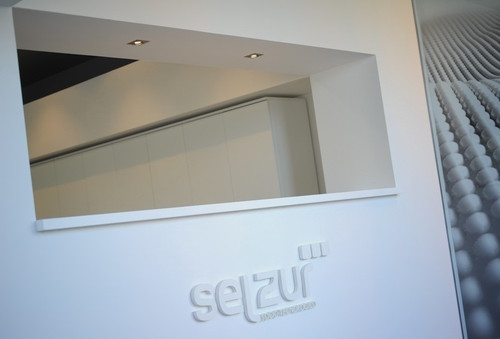 selzur03