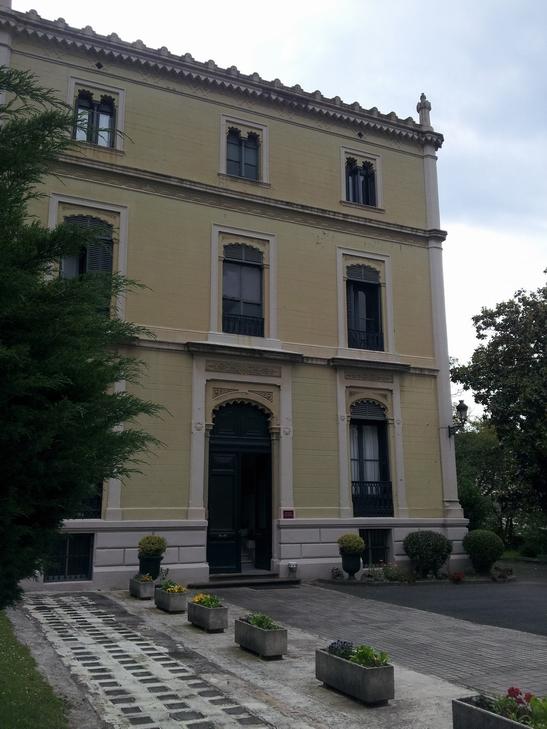 Rehabilitaci n de palacio en bilbao foraster arquitectos for Banco santander bilbao oficinas